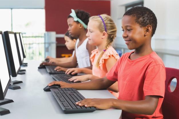 Tecnologia como seguro educacional
